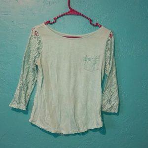 Lace 3/4 sleeve shirt